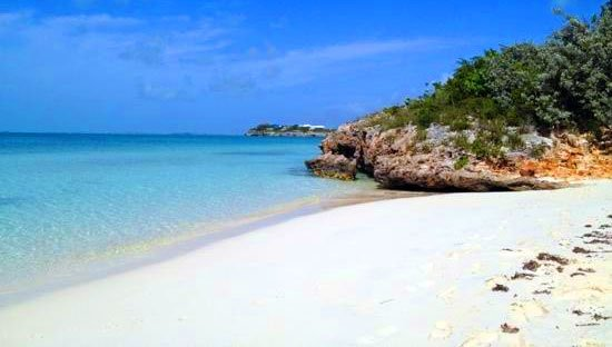 Shallow Sapodilla Bay - great place for a day trip around the island of Providenciales