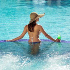Pool - The Venetian on Grace Bay